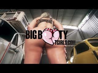 Bianca Meirelles - BigBootyTGirls