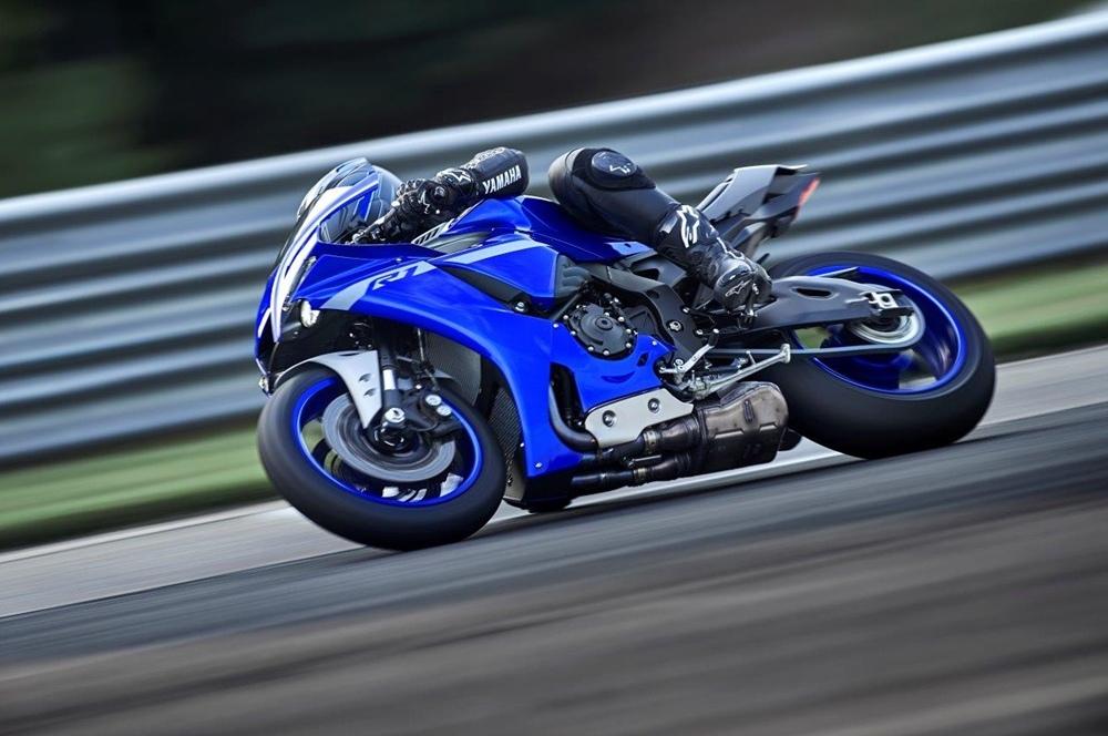 Yamaha, Honda, Suzuki, Royal Enfield и другие остановили производство в Индии