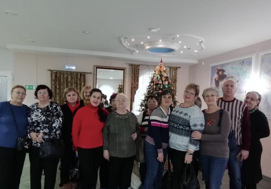 Участники проекта «Московское долголетие» из Некрасовки посетили музей елочной игрушки