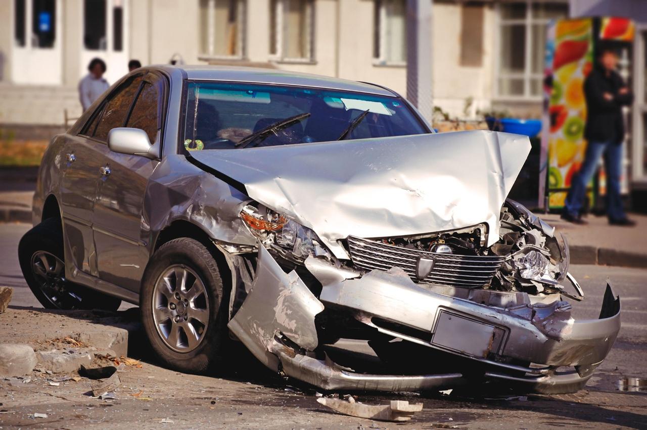 Смотреть картинки разбитых машин