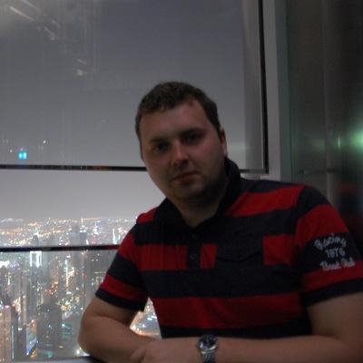Богдан Невструев