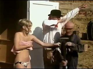 Бенни Хилл 1973 rus eng