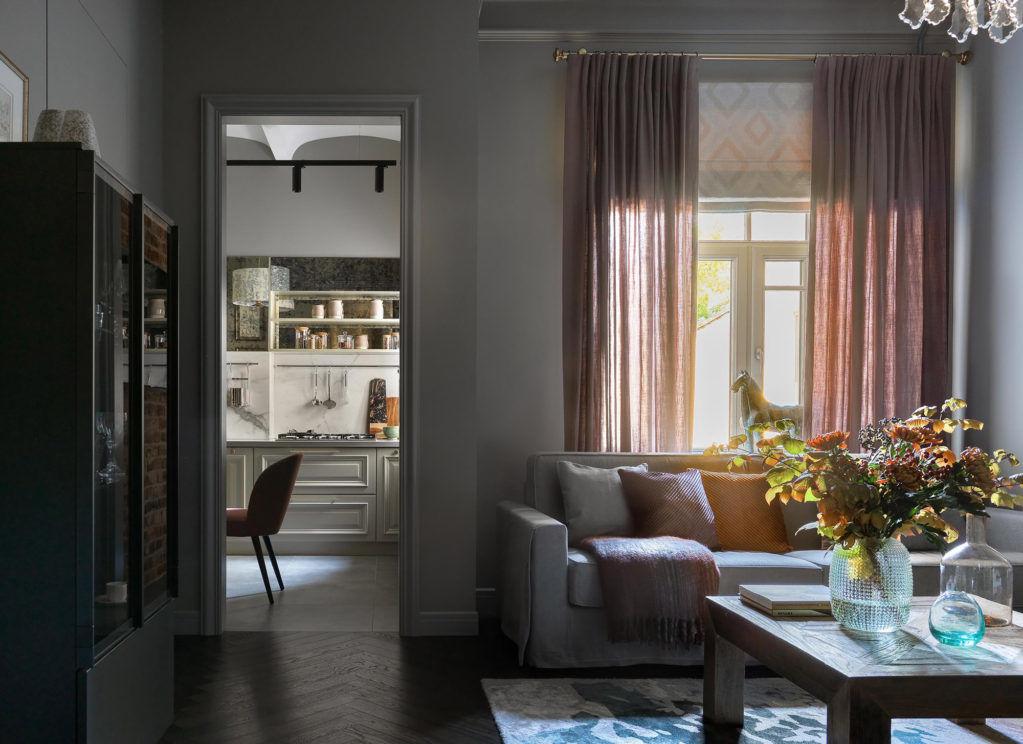 Квартира в историческом доме, 120 м² от студии Aiya Design    01