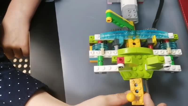 Lego Wedo2 0 лягушки