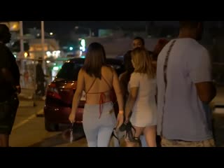 Two Side Chick Fight At A Parking Lot