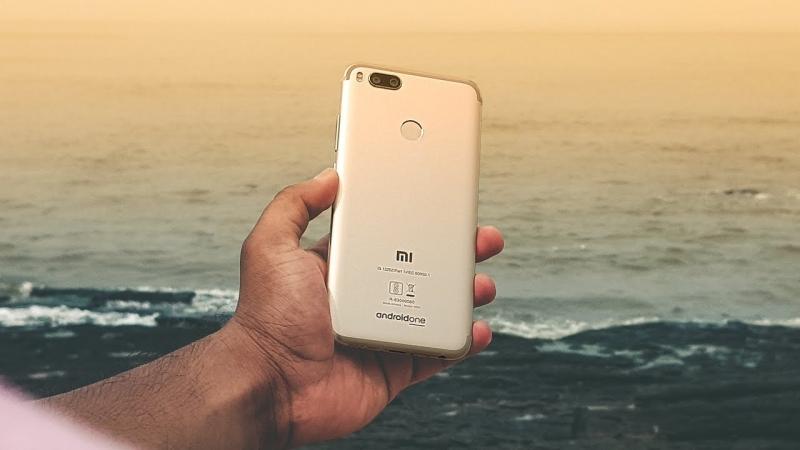 Xiaomi Mi A1 в акции за 11190р красивый тонкий камерафон по спец цене