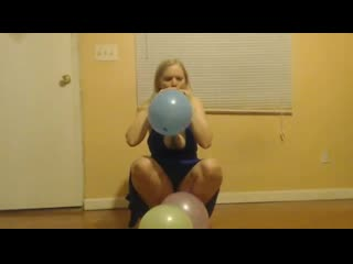 Chilly hicks - balloons and heels