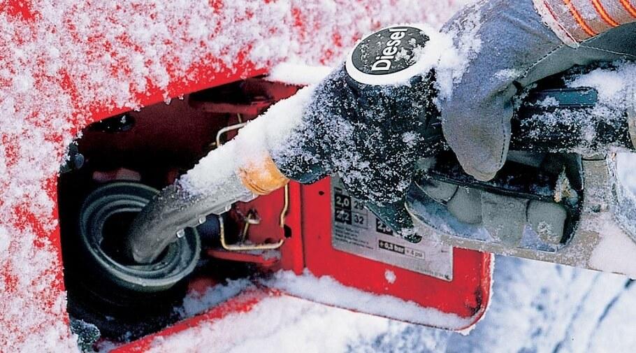 Зимнее дизтопливо начинает поступать на заправки