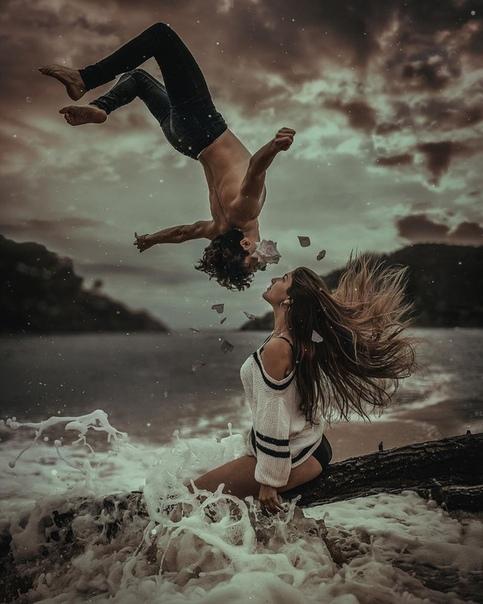 Фото влюблённых от Joan Carol Джоан Кэрол - фотограф и цифровой художник живёт в Коста-Брава, Испания. Работает в стиле уличной съемки, фотографии образа жизни в жанре портретная фотография. В
