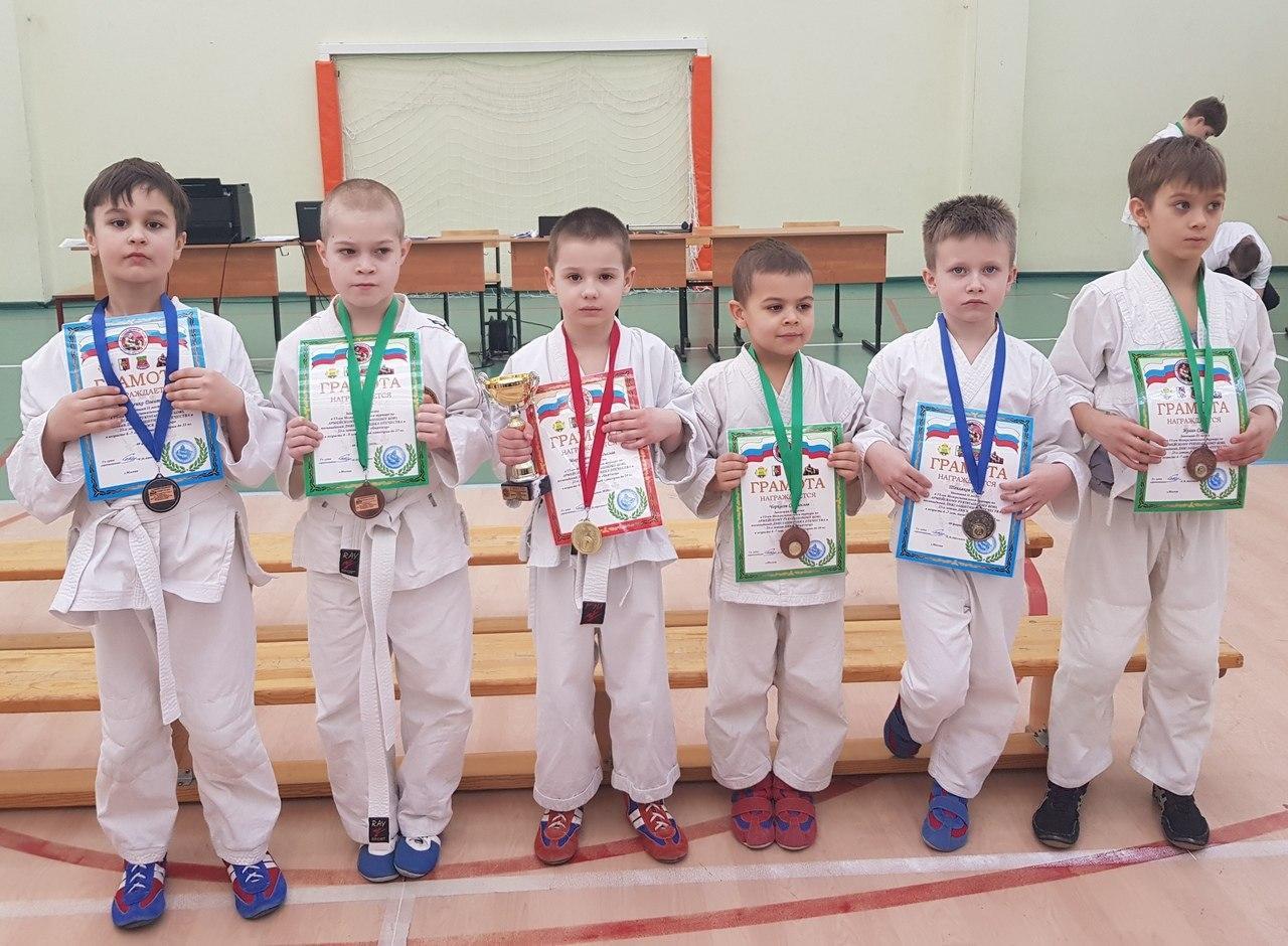 Воспитанники центра «Истоки» стали призерами межрегионального турнира по армейскому рукопашному бою
