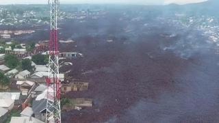 Dron capta impactantes imágenes tras erupción del volcán Nyiragongoen en el Congo.