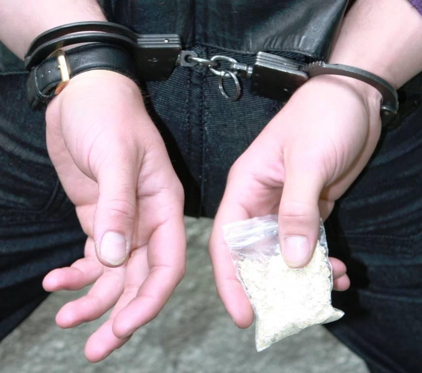 В Северодонецке поймали двух 18-летних закладчиков психотропов