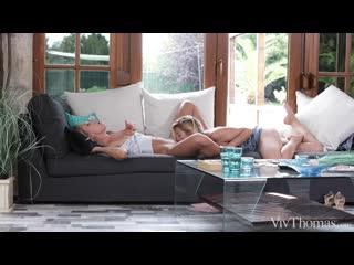 Pornomix / Angelika Greys  Cherry Kiss - squirt Fingering Pussy Licking Athletic Bareefoot Blonde milf lesbians лесбиянки