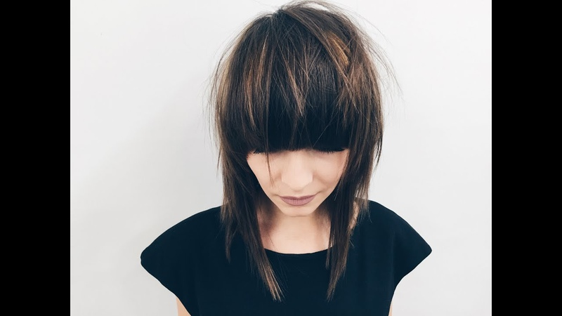 How to cut layers and perfect round bang for medium length