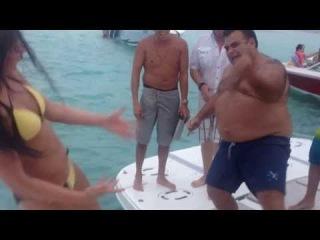 Карибское море Батл Катя Волкова и крутой толстяк