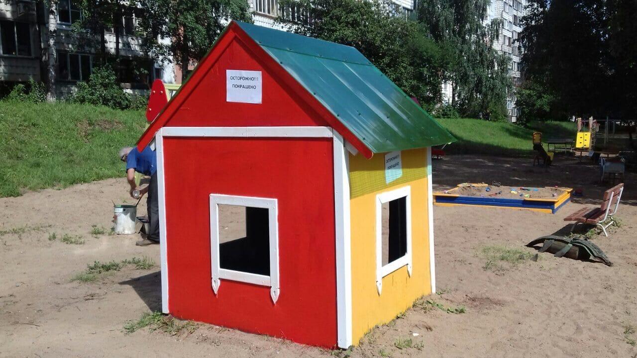 Улица Конева дом 5 возобновление детской площадки