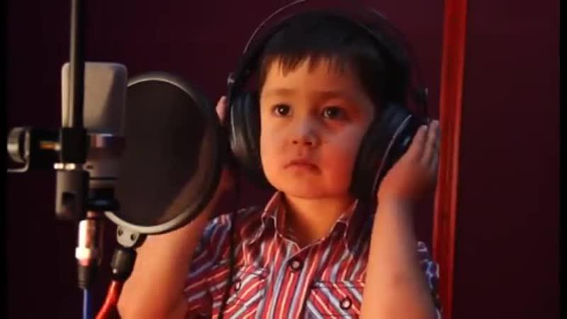 4 -х летний узбек поёт на фарси ))