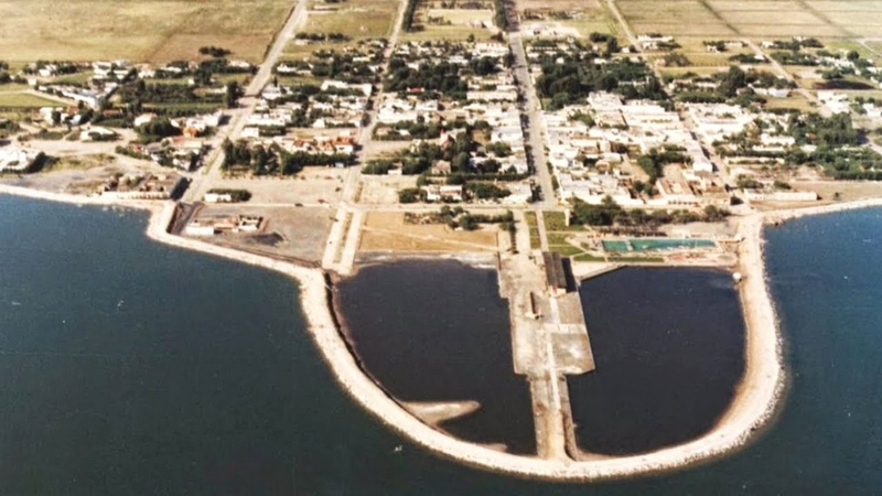 Затопленный город показался спустя 25 лет как он выглядит сейчас Эпекуэн Аргентинская атлантида