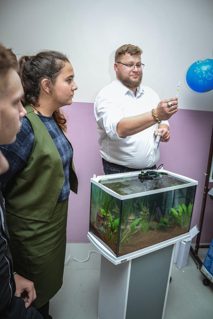 В Православной гимназии 03.12 прошел мастер класс по уходу за аквариумом с живыми растениями и рыбками!, изображение №15