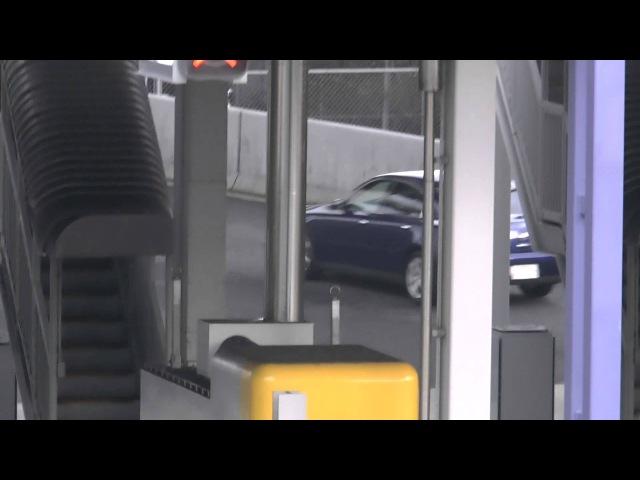 大阪府警 高速隊 V35スカイライン紺ボディー  高速隊の200系クラウ 12