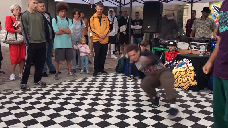 Bboy One Shot Tatanaka vs X Makers FOOT WORK contest Банка Фанка Джем 2020