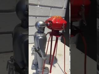 Gort v. Martian Invader !!!!!
