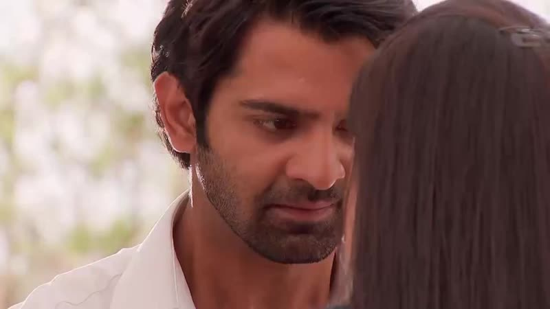 Will Arnav save Khushi and clear all the apprehensions that she has on her mind about Arna