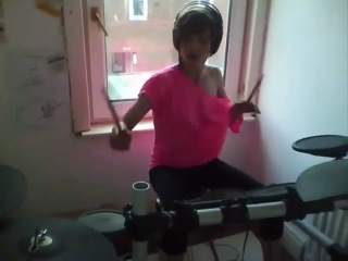 Kayleigh rogerson drum cover robbie williams -let me entertain you