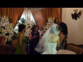 армянская свадьба в Сирии(Бабуля в конце говорит ес хаем слушайте внимательно)