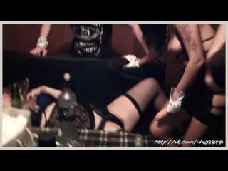 Алена Пискун и охуевшая блондинка Лиза устроили оргию после концерта в клубе PLAN-B (Юрий Кипер)