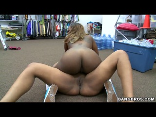Carmela Mulatto and Tori Taylor make an awesome site with some h