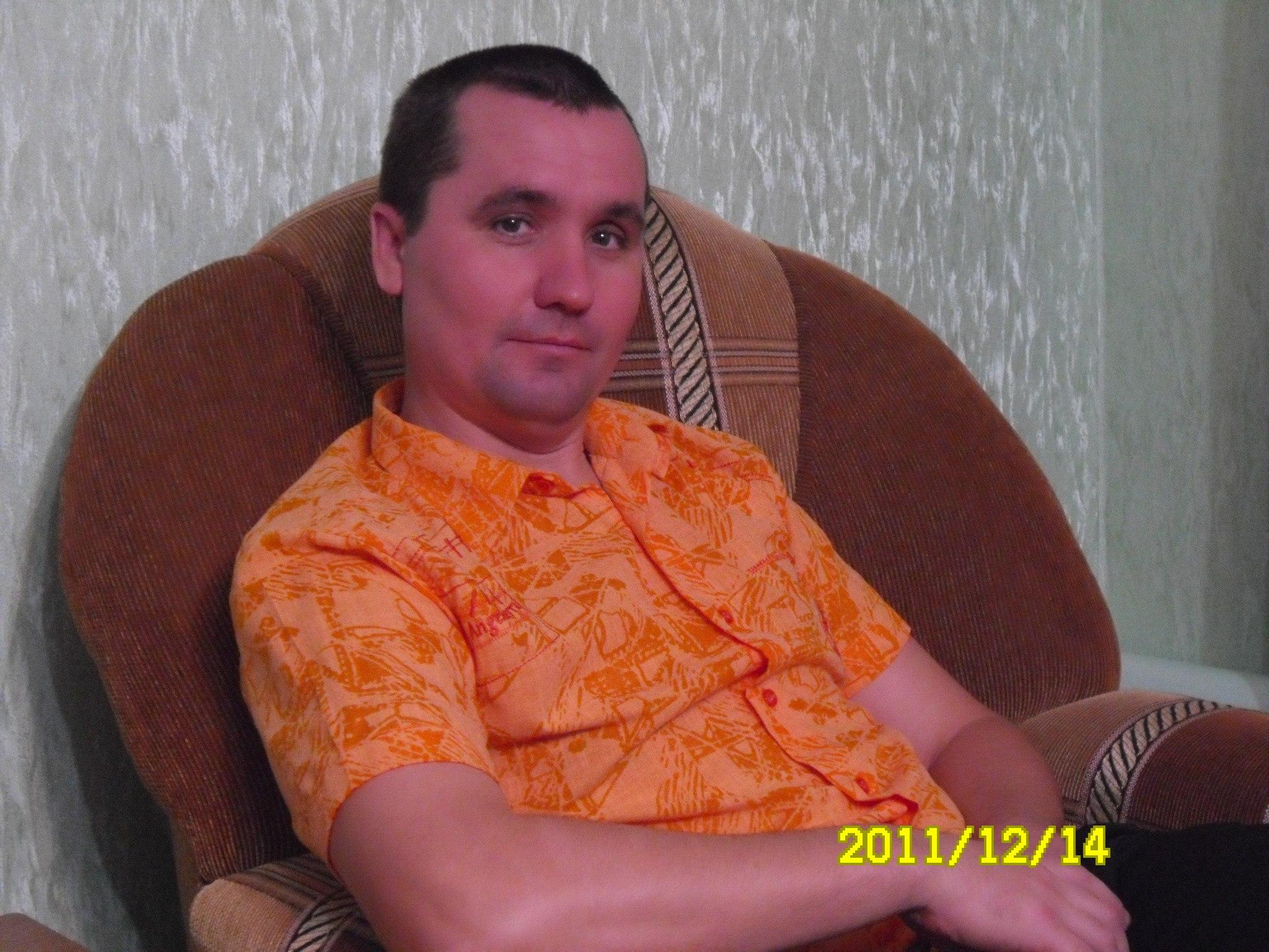 Иван, 46, Novosheshminsk