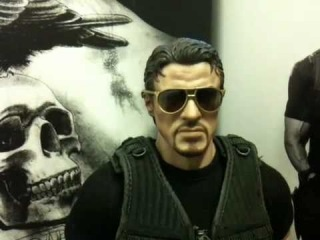 Hot Toys The Expendables Barney Ross 1/6th Scale Figure Rev