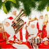 Оркестр Дедов Морозов и Санта-Клаусов.