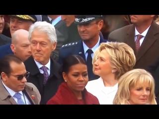 Билл Клинтон облизывается на жену Трампа. Ох и попадет ему от Хилари..Ведь известно о ее рукоприкладстве.