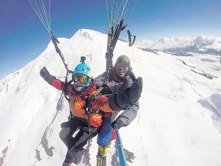 Paragliding at the top of Europe Elbrus 5642 m / Sano Babu Sunuwar
