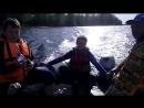 Учимся управлять лодкой!))