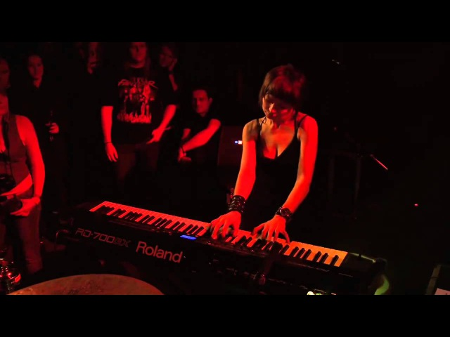 VIGGIE VIKA Live in Iceland KAIOWAS Sepultura 4 10