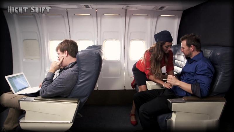 Секс со стюардессами видео