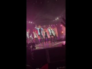 FANCAM | 170402 | 2017 BTS LIVE TRILOGY EPISODE III: The Wings in Anaheim
