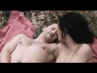 Эротический фильм - Сексуальные хроники французской семьи (2012)