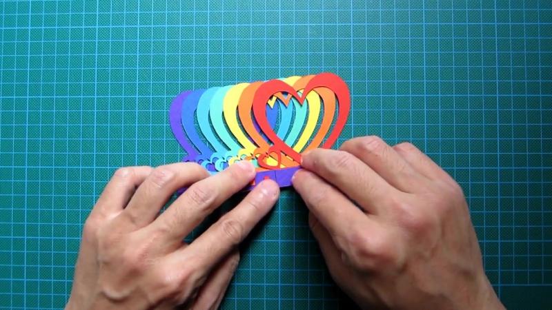 Движущиеся сердечки радужная открытка из бумаги, класс открытки своими
