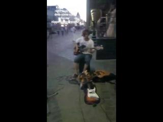 Random drumming on the streets of baumana