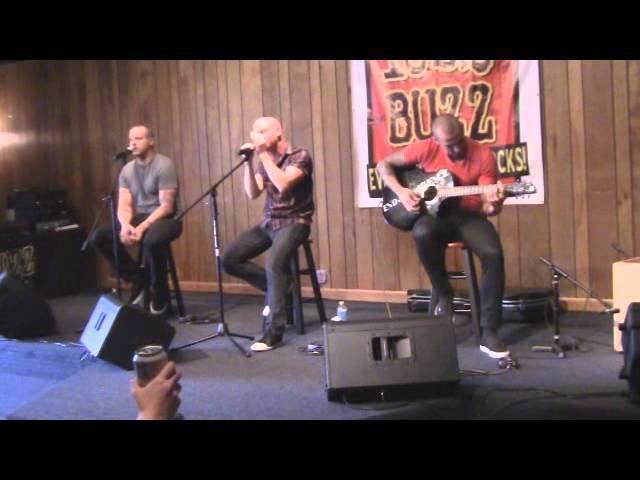 102.9 The Buzz Acoustic Buzz Session: Red - Hymn For The Missing