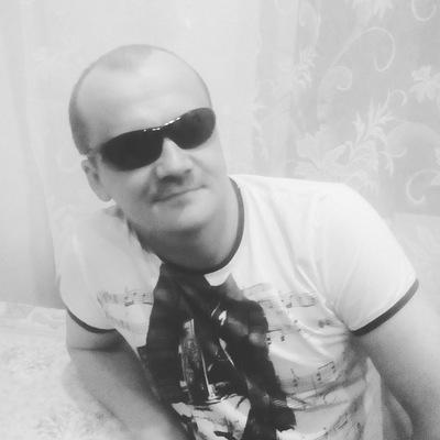 Толян Исаков
