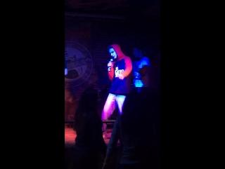"Flash†party рок-бар ""подвал"""