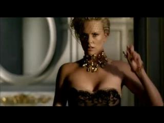 Шарлиз Терон - реклама духов - J'adore Dior (Жадор Диор)  Классный видеоролик!!!
