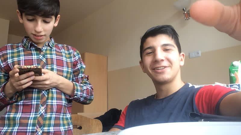 Aro Melqonyan — Live
