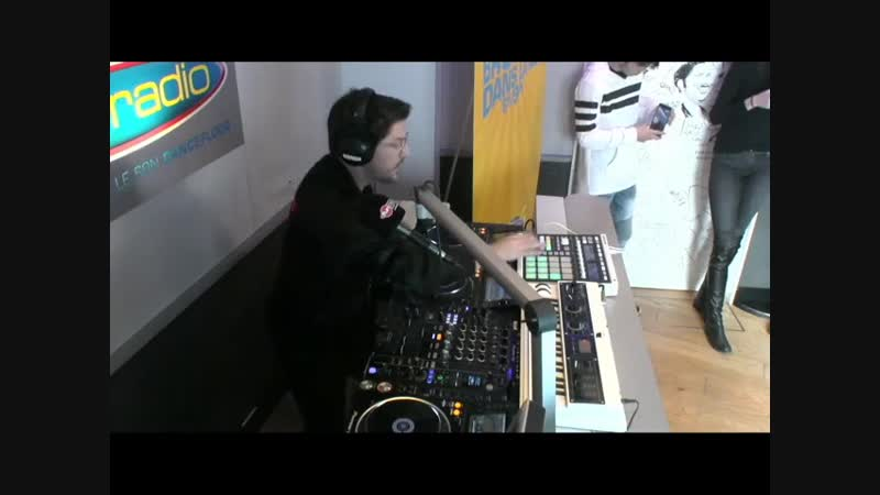 Never Let You Go en live Fun Radio Mosimann feat Joe Cleere