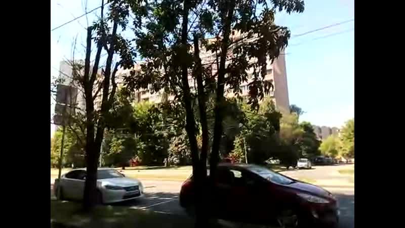 Москва 385 выход из метро улица вторая и первая Владимирская 2я 1я братская перовская летом днем